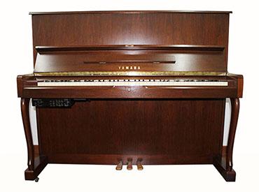 YAMAHA钢琴 W110B