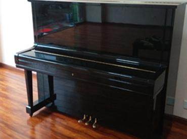 YAMAHA钢琴 U3E