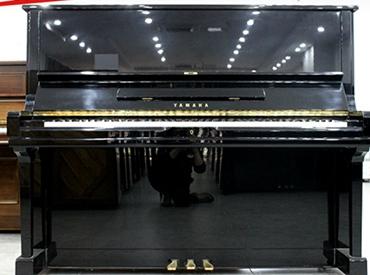 YAMAHA钢琴 U1G