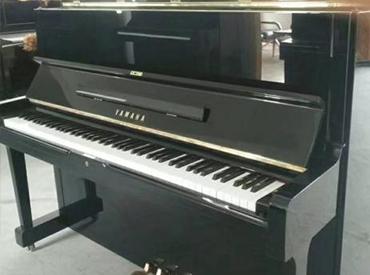 YAMAHA钢琴 U1H