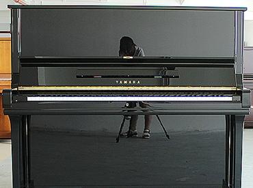 YAMAHA钢琴 U3A