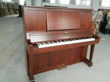 YAMAHA钢琴 W102