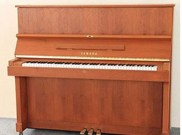YAMAHA钢琴 W103